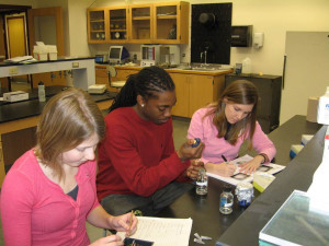 Students working in molecular biology lab.