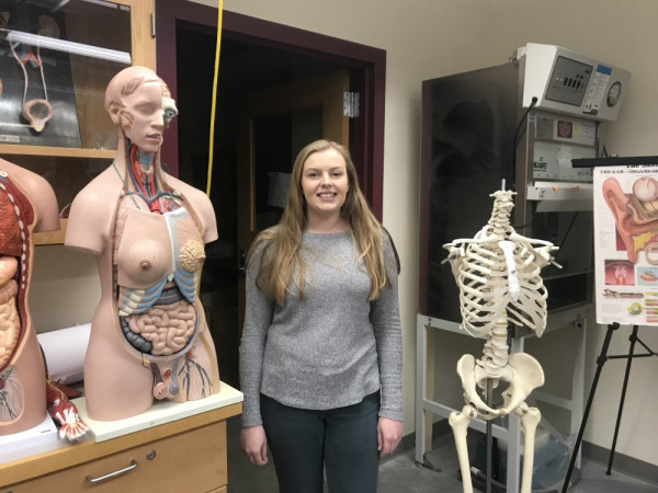 Melanie McAmis in human anatomy lab