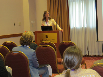 Prof. Rebecca Buchanan presents on ePortfolio use in sports management courses at the AAEEBL Sout...
