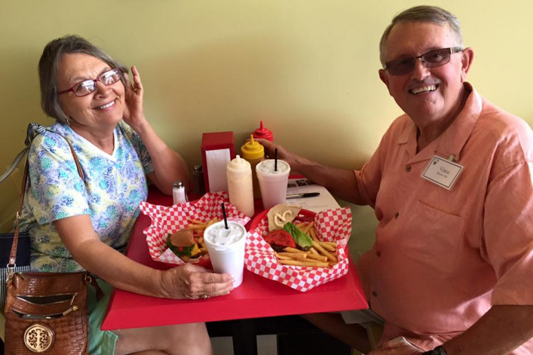"Norma and Vince Brown have a little ""date"" at Burger Bar during MTAV"